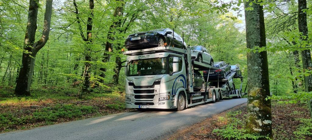 Ny Scanialastbil är levererad till Smålands Biltransport AB.